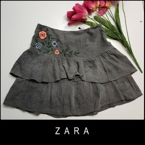 Zara Basic Woman Layer Skirt Size Medium Gray